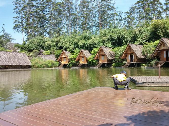 Saung Purbasari Dusun Bambu Lembang