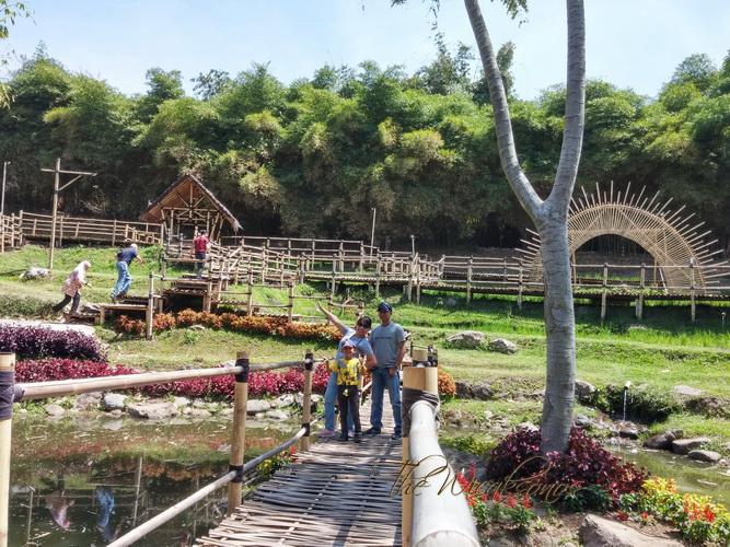 Pengalaman Berlibur ke Dusun Bambu